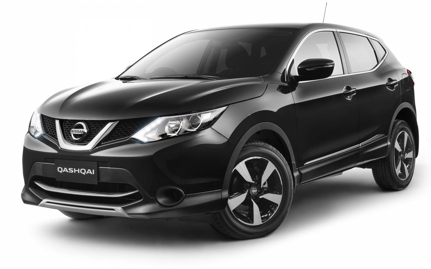 nissan upgrades qashqai n sport with special edition. Black Bedroom Furniture Sets. Home Design Ideas
