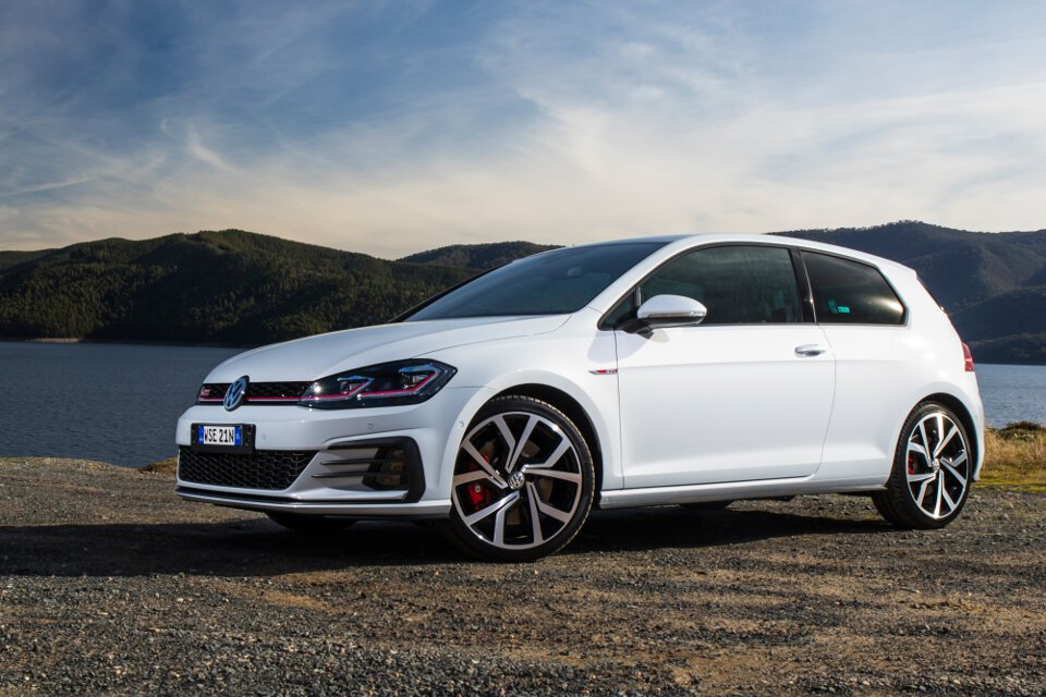 Wheels Up Pricing >> 2017 Volkswagen Golf 7.5 Performance range pricing and specification - ForceGT.com