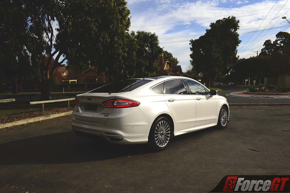 ford mondeo review titanium petrol hatch forcegtcom