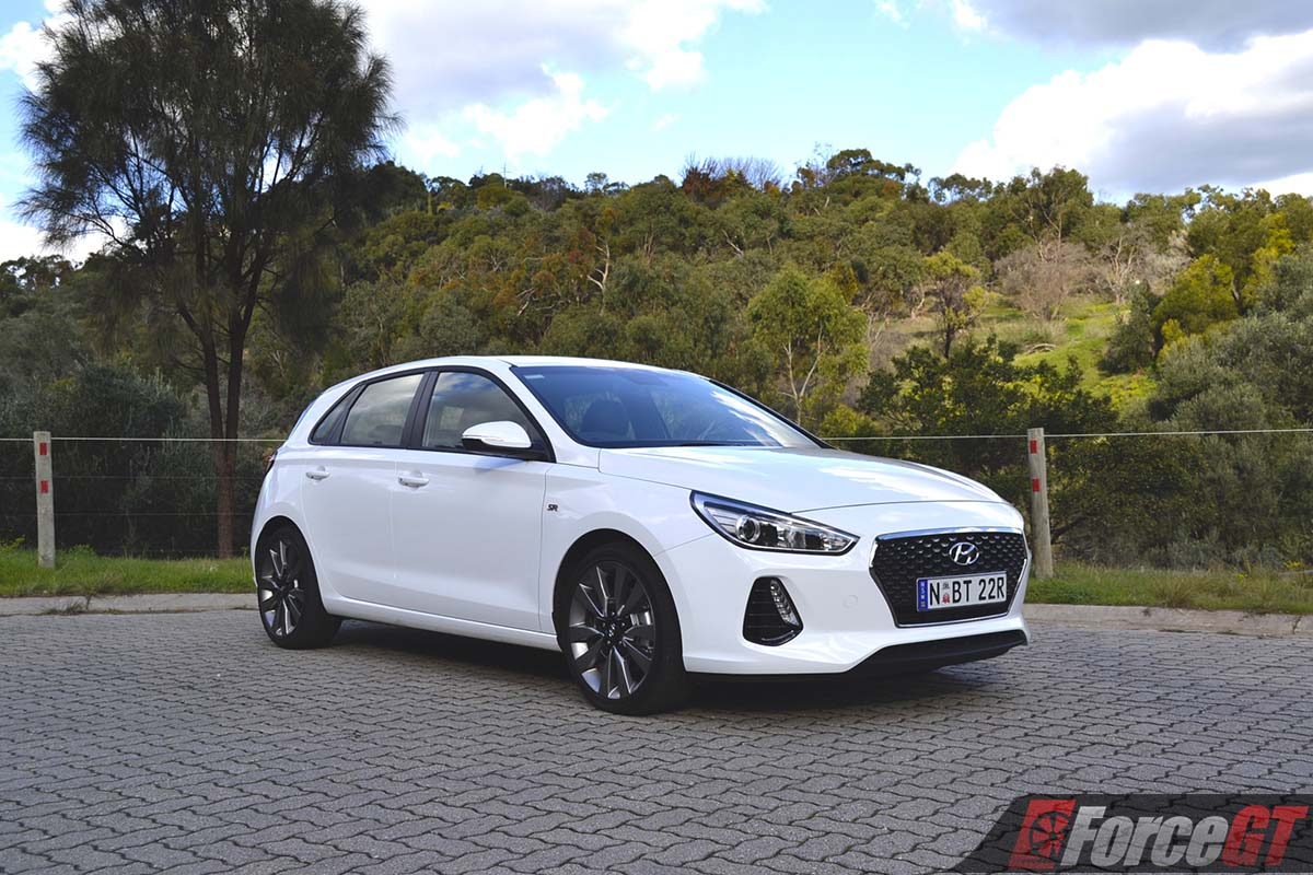 2017 hyundai i30 sr manual review. Black Bedroom Furniture Sets. Home Design Ideas
