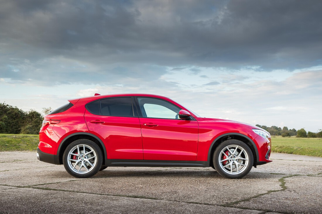 alfa romeo stelvio line up confirmed for australia. Black Bedroom Furniture Sets. Home Design Ideas