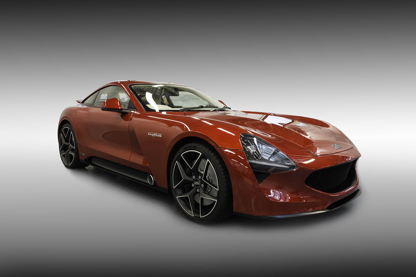 tvr unveils v8 powered carbon composite griffith sports car. Black Bedroom Furniture Sets. Home Design Ideas