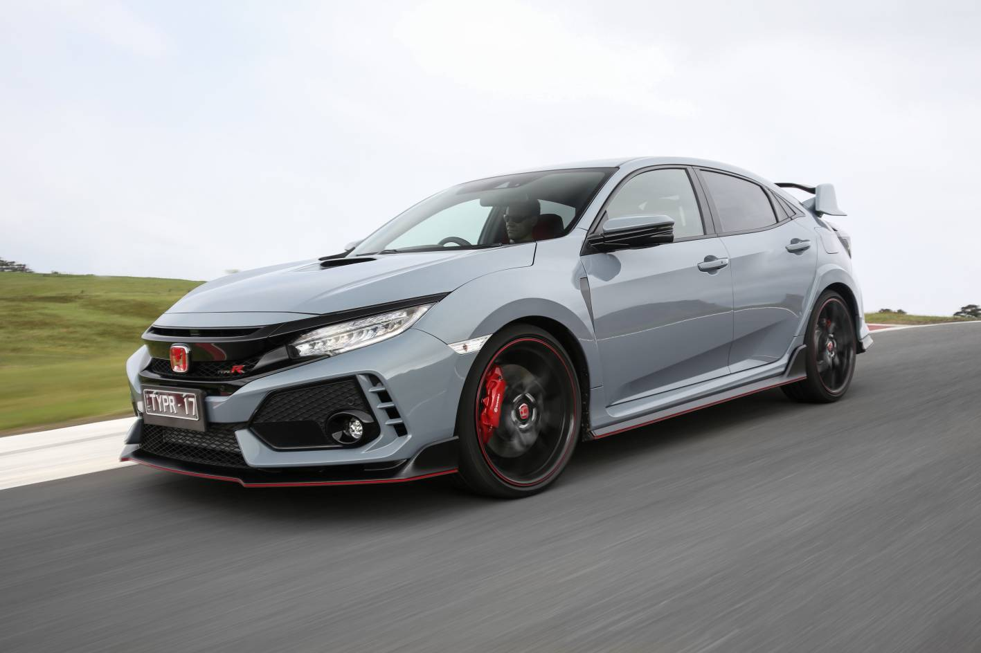 2018 honda civic type r technical overview for Buy honda civic type r