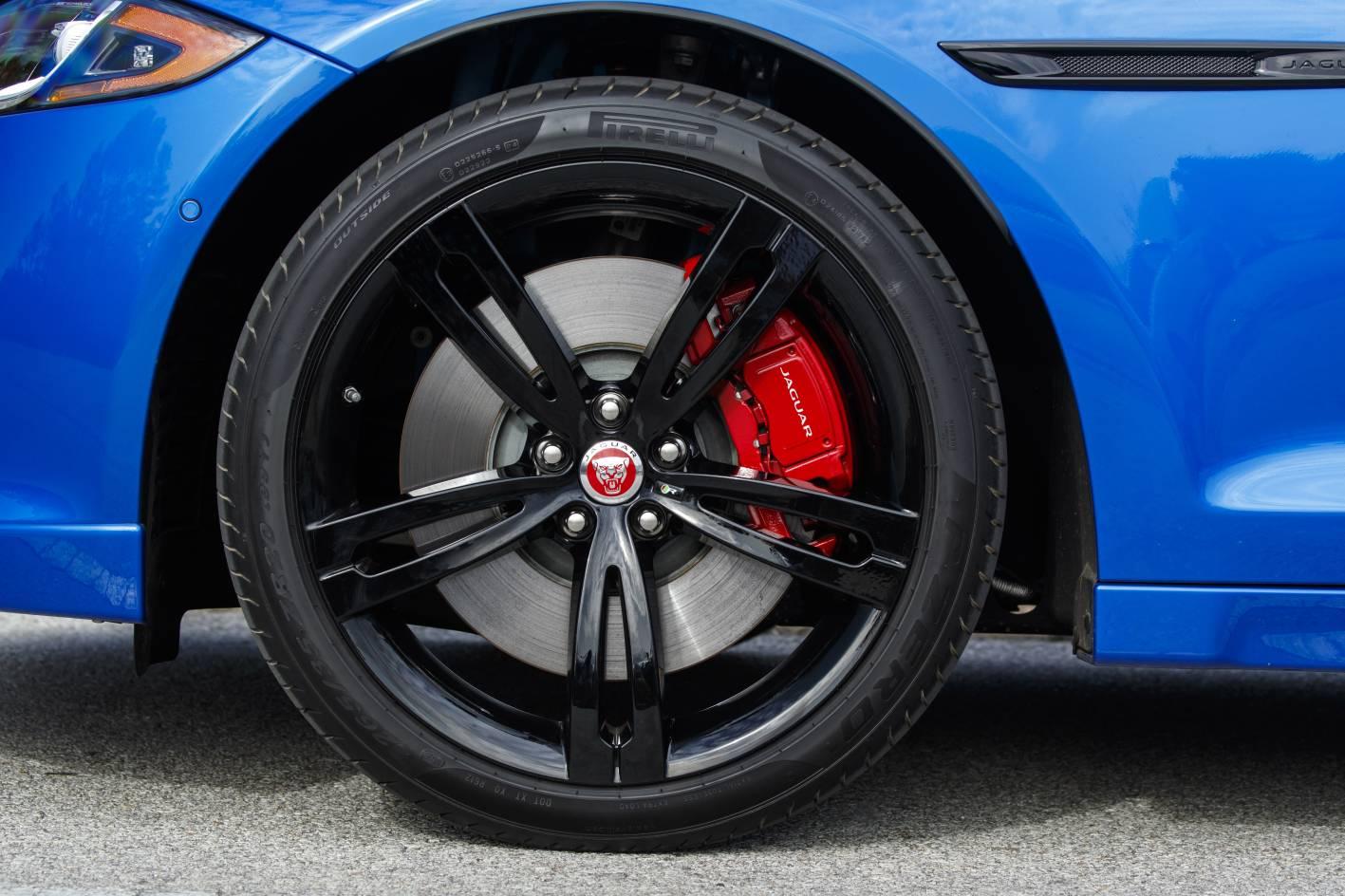 http://www.forcegt.com/wp-content/uploads/2017/10/2018-jaguar-xjr575-20-inch-wheel.jpg