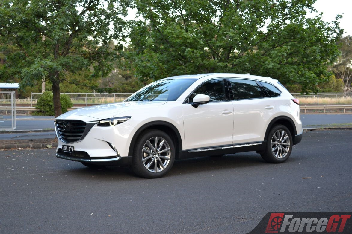 Car Driver Mazda Cx   Review