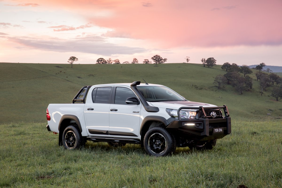 toyota hilux range expands to rogue rugged and rugged x. Black Bedroom Furniture Sets. Home Design Ideas