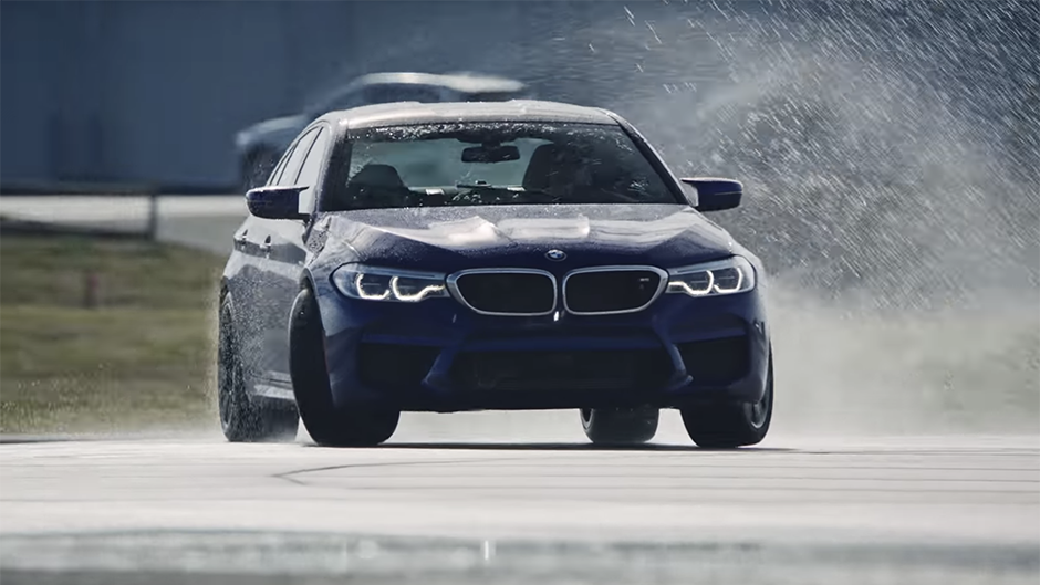 bmw m5 sets new world record for longest drift video. Black Bedroom Furniture Sets. Home Design Ideas
