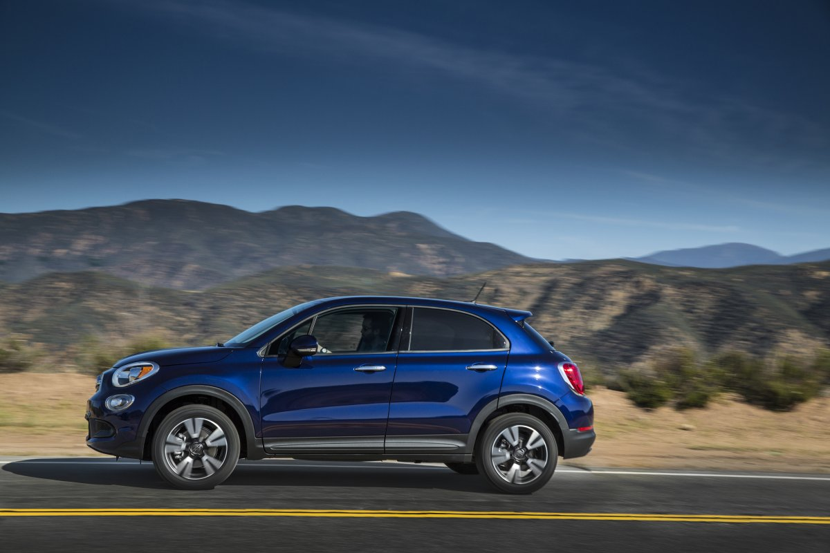 updated 2018 fiat 500x pricing and specification. Black Bedroom Furniture Sets. Home Design Ideas