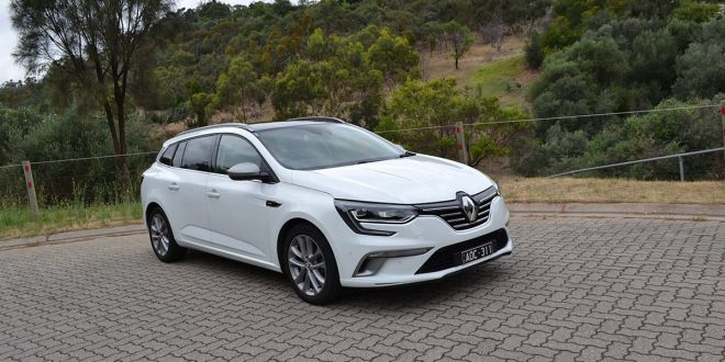 2018 Renault Megane Wagon GT-Line Review