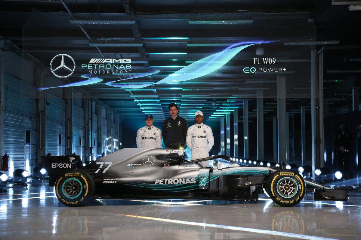 mercedes amg unveils f1 w09 eq power for 2018 season. Black Bedroom Furniture Sets. Home Design Ideas