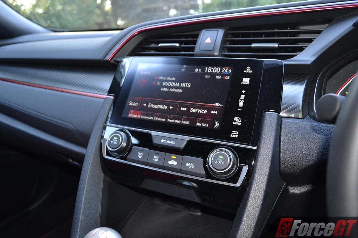 Hot Hatch Battle: Honda Civic Type R vs Ford Focus RS ...
