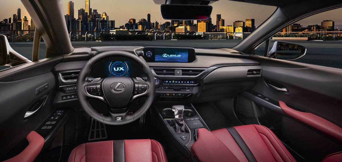 2019 Lexus UX interior - ForceGT.com