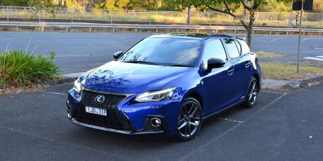 2018 Lexus CT 200h Review