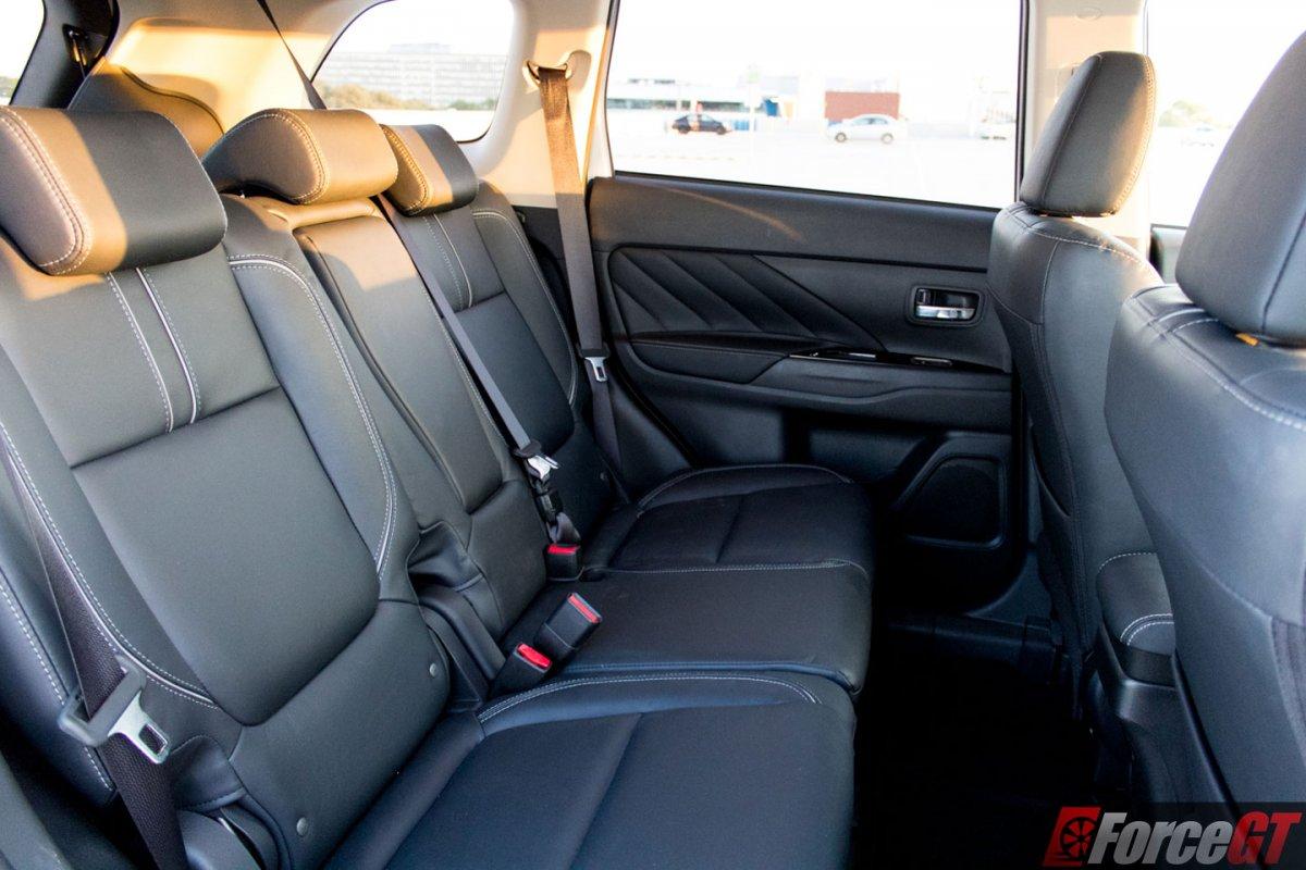 2018 Mitsubishi Outlander PHEV Review - ForceGT.com