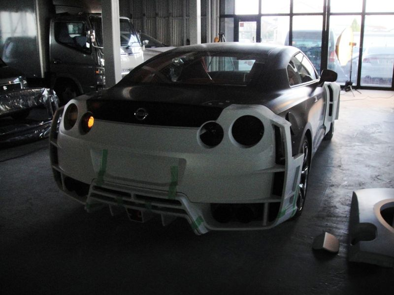Axell Auto to Unveil Widebody Nissan GT-R at 2011 Tokyo ...