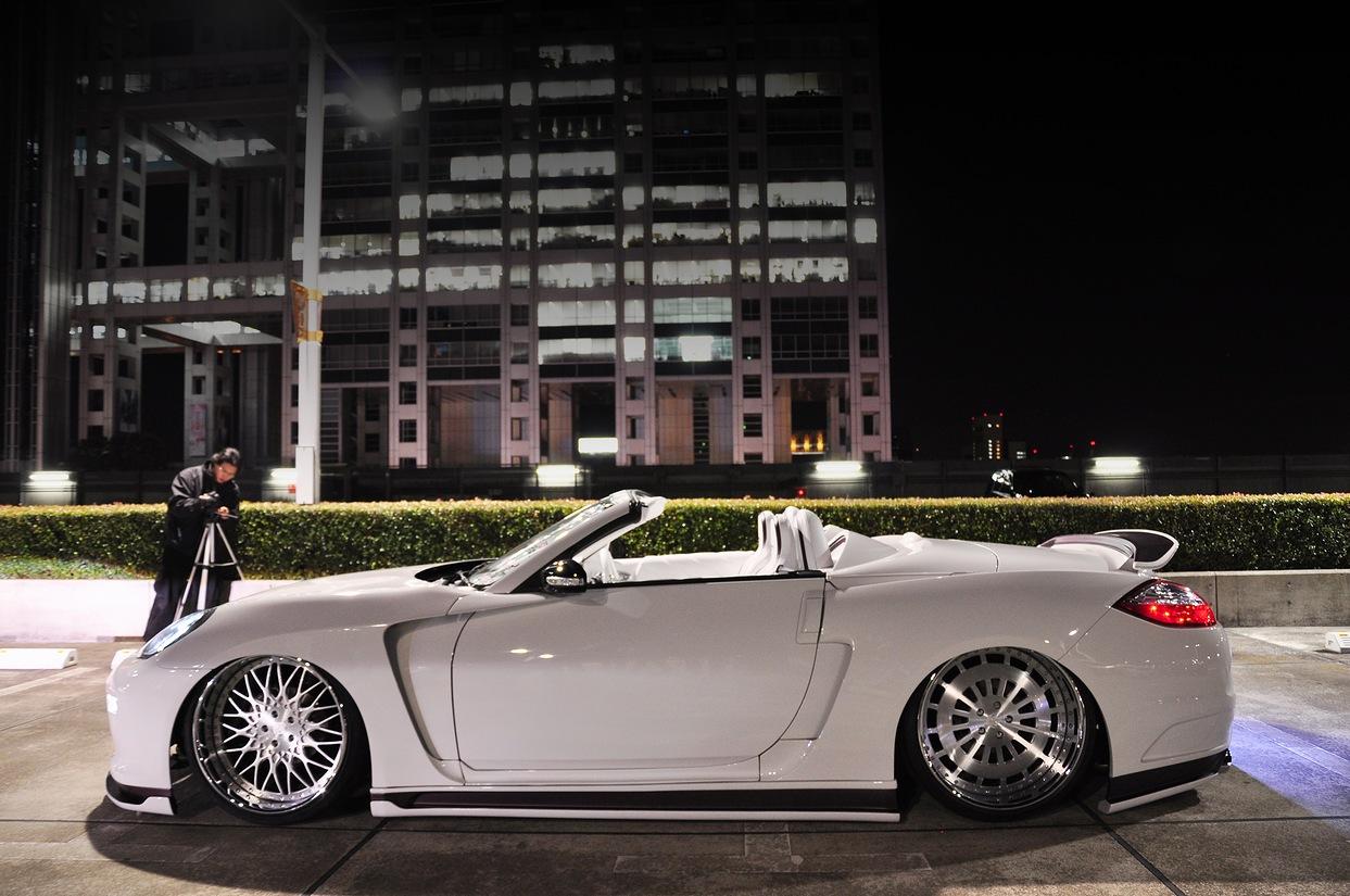 Conversion: Nissan 350Z to Porsche Panamera Convertible ...