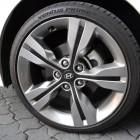 Hyundai Veloster Review – 2012 Manual, Wheel