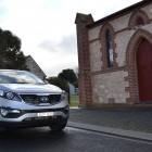 Kia Sportage Review - 2012 SLi Diesel Automatic, Side Front