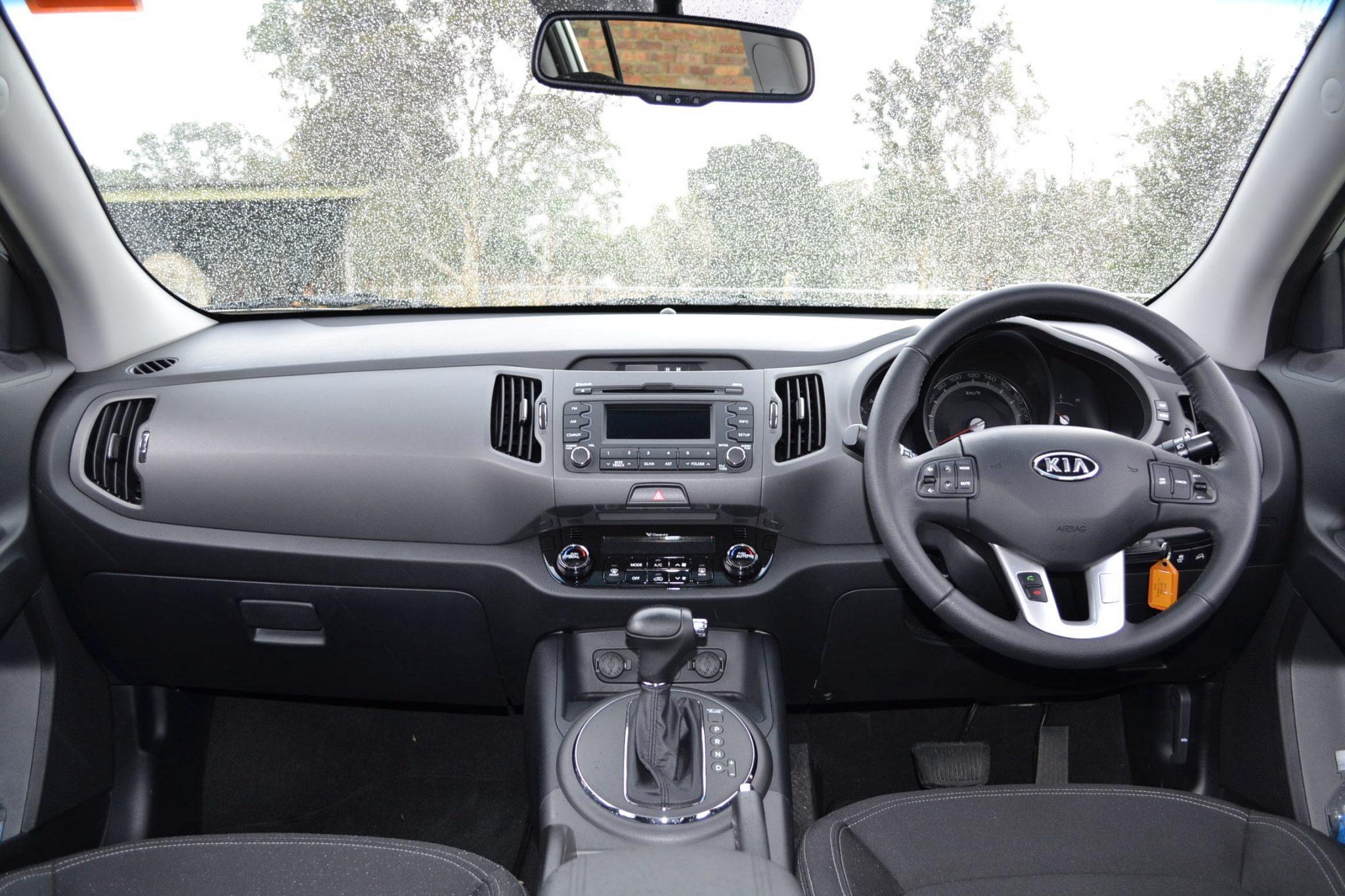 Kia Sportage Review   2012 SLi Diesel Automatic, Interior Shot