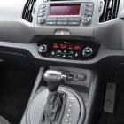Kia Sportage Review - 2012 SLi Diesel Automatic, Shifter