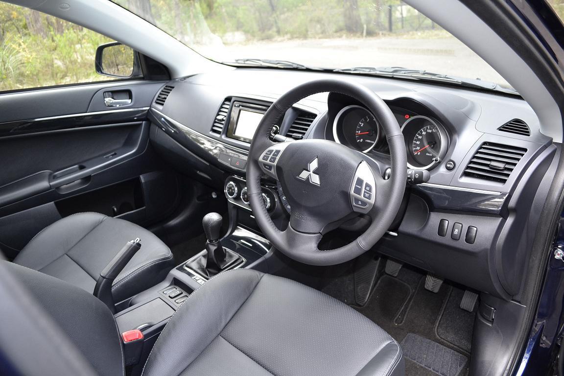 mitsubishi lancer review 2012 lancer sedan