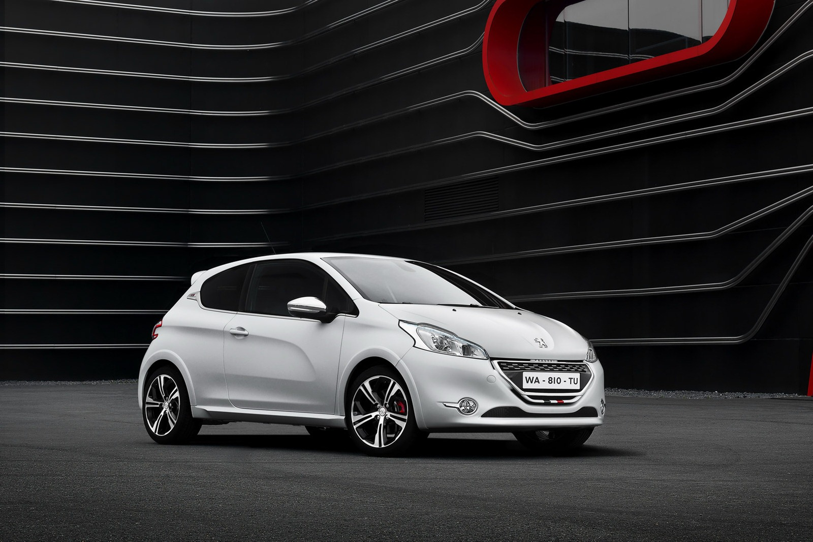 peugeot cars news 2013 208 gti unveiled