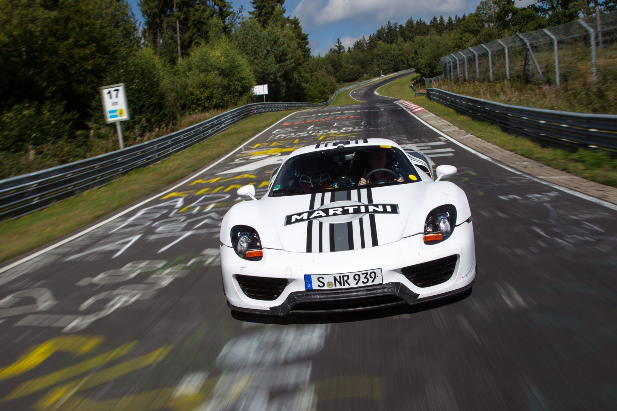 Electric Mini Cooper >> Porsche Cars - News: 918 Spyder laps Nürburgring in 7:14 min