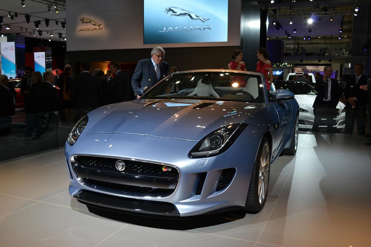 2012 AIMS: Jaguar F-Type - ForceGT.com