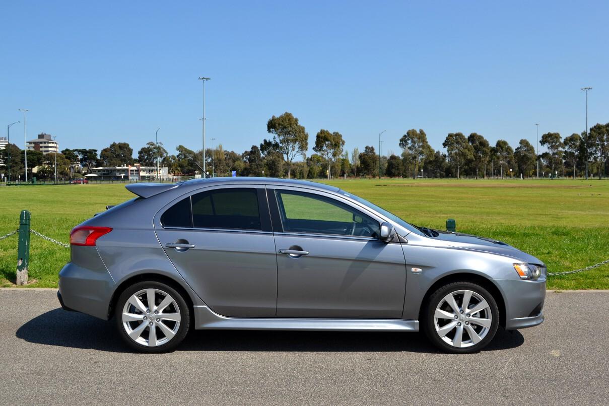 Mitsubishi Lancer Review: 2012 Ralliart