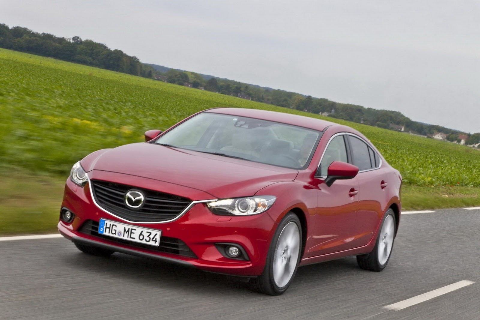 mazda releases new photos of 2013 mazda6 sedan and wagon. Black Bedroom Furniture Sets. Home Design Ideas