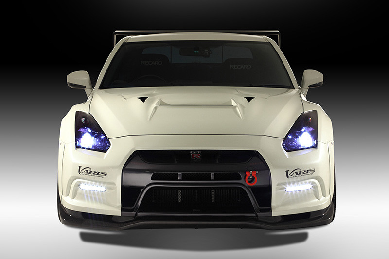 Nissan Cars - News: GT-R with Varis body kit [video]