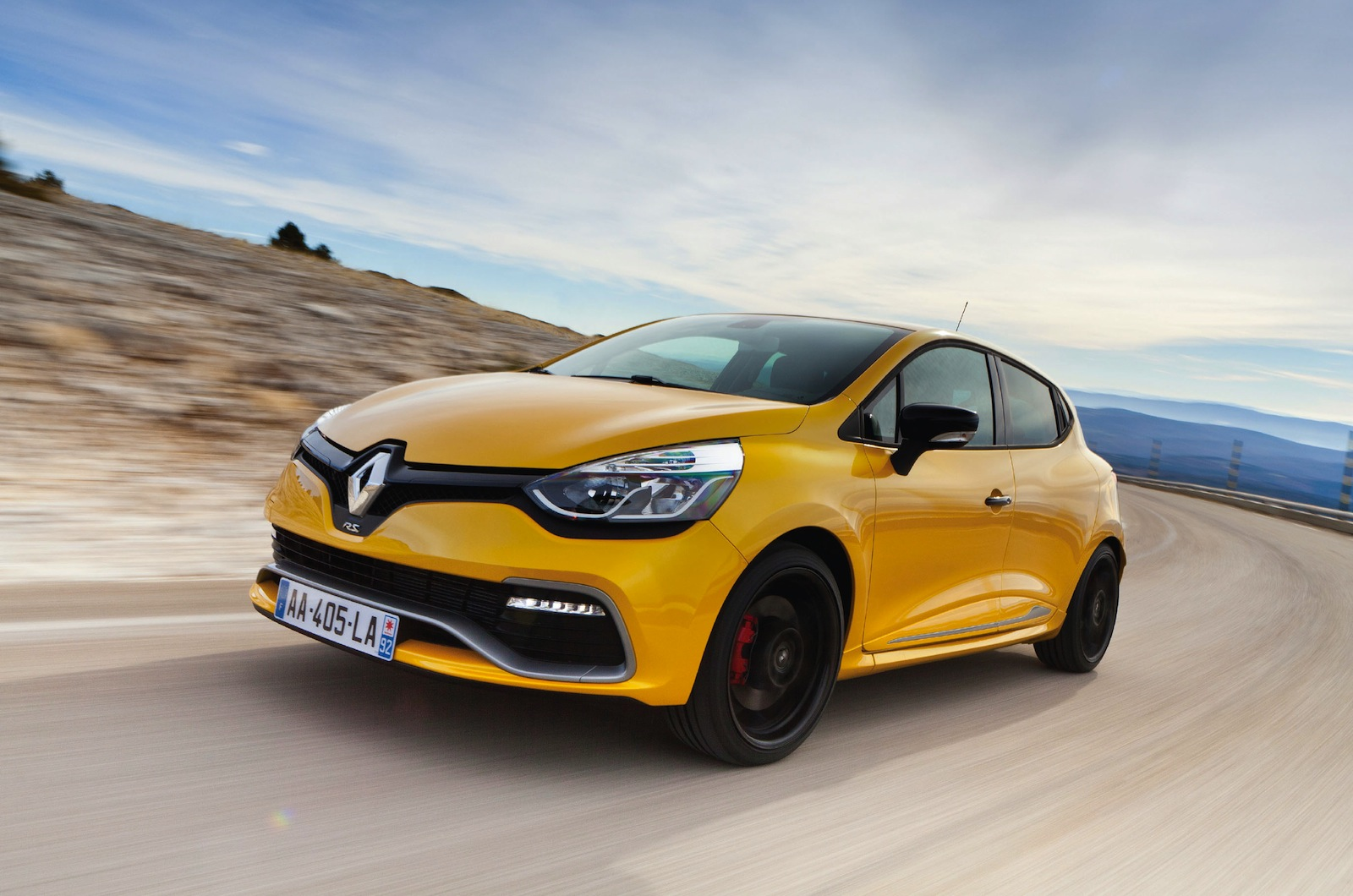 renault cars news clio rs200 arrives 2014 lighter quicker. Black Bedroom Furniture Sets. Home Design Ideas
