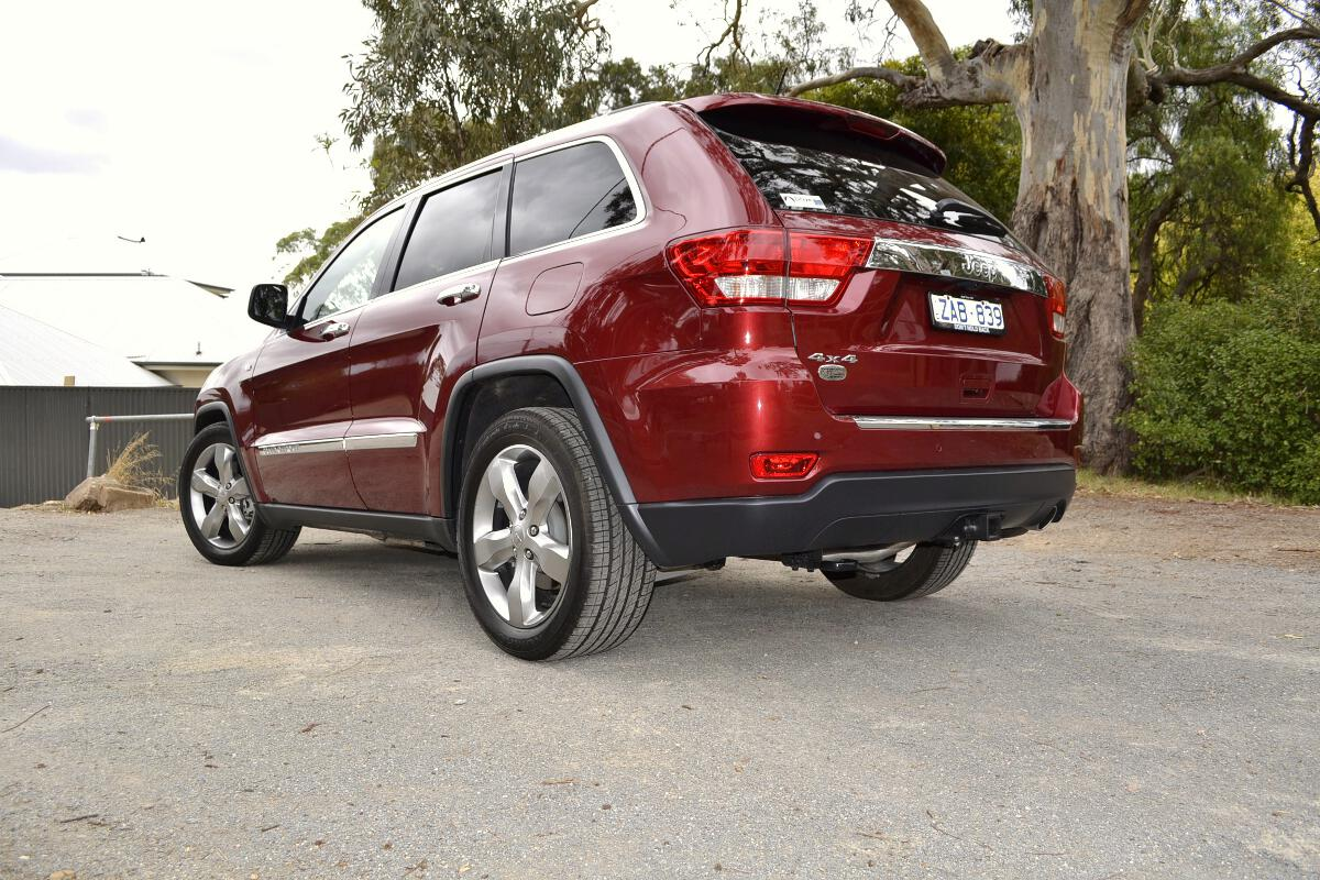 jeep cherokee review 2012 grand cherokee. Black Bedroom Furniture Sets. Home Design Ideas