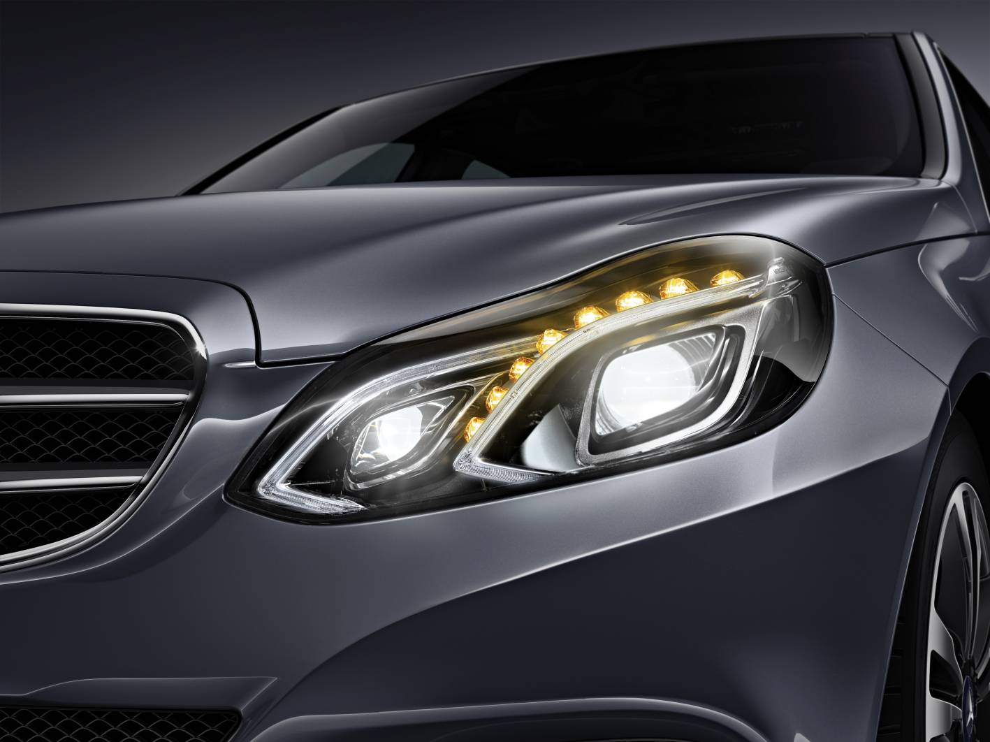 Mercedes Cars News Benz Introduces Active Multibeam Led