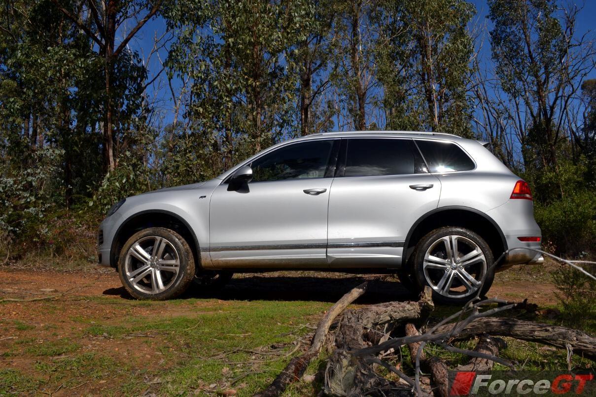 Nissan Of Alvin >> Volkswagen Touareg Review: 2013 R-Line