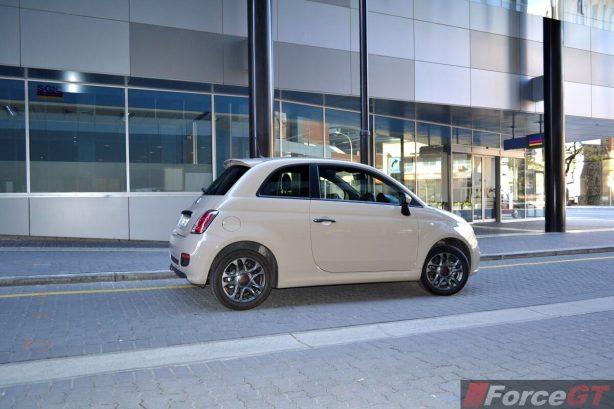 Fiat 500 Review-2013 Fiat 500 Sport side