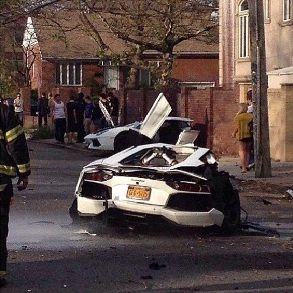 Lamborghini Aventador crash in New York