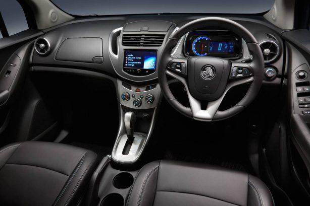 2013-Holden-Trax-LTZ-interior-dashboard
