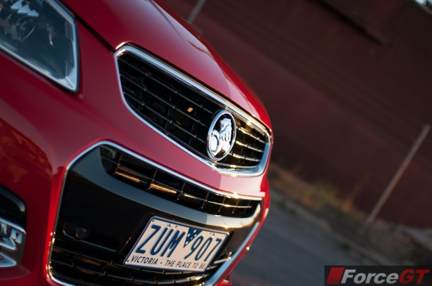 Holden Commodore Review-2013 SSV Redline front grille