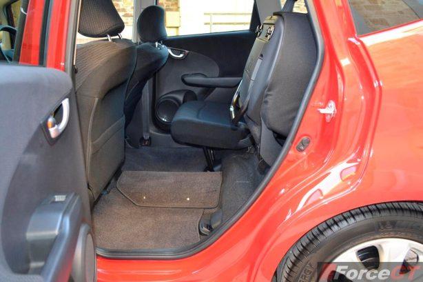 Honda Jazz Review-2013 Honda Jazz Hybrid rear seat base lifted
