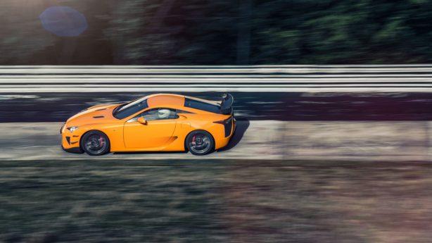 Lexus-LFA-Nurburgring-special-event-yellow