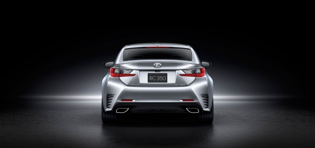 2014-Lexus-RC-Coupe-silver-rear2