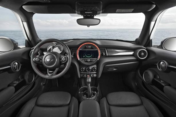 2014 MINI Cooper S interior