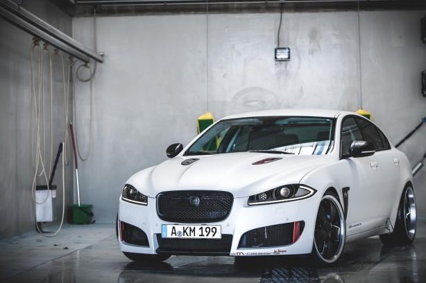 2M-Designs-tuned-Jaguar-XF-front-quarter