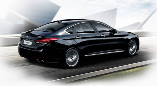 All-New-Hyundai-Genesis-rear-quarter