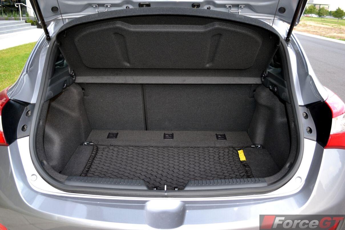Jeep Wrangler Diesel >> Hyundai i30 Review: 2013 i30 SR