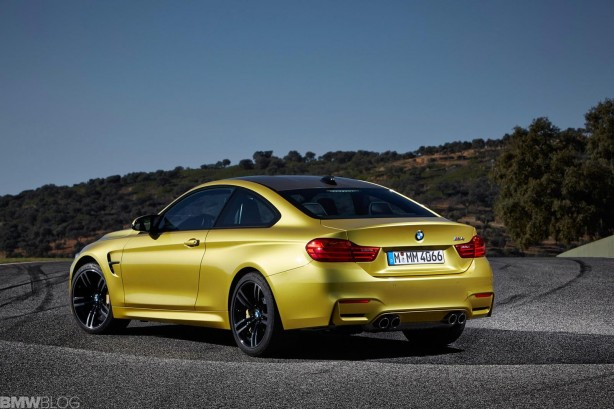 2014 BMW M4 rear quarter