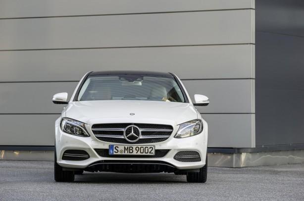 2014-Mercedes-Benz-C-Class-front