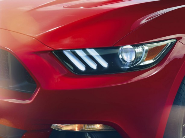 2015 Ford Mustang headlights