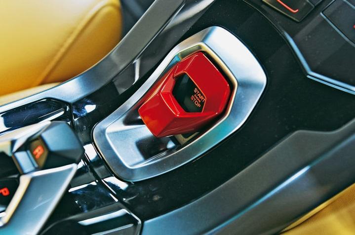 2015 Lamborghini Huracan interior start button-2 - ForceGT.com